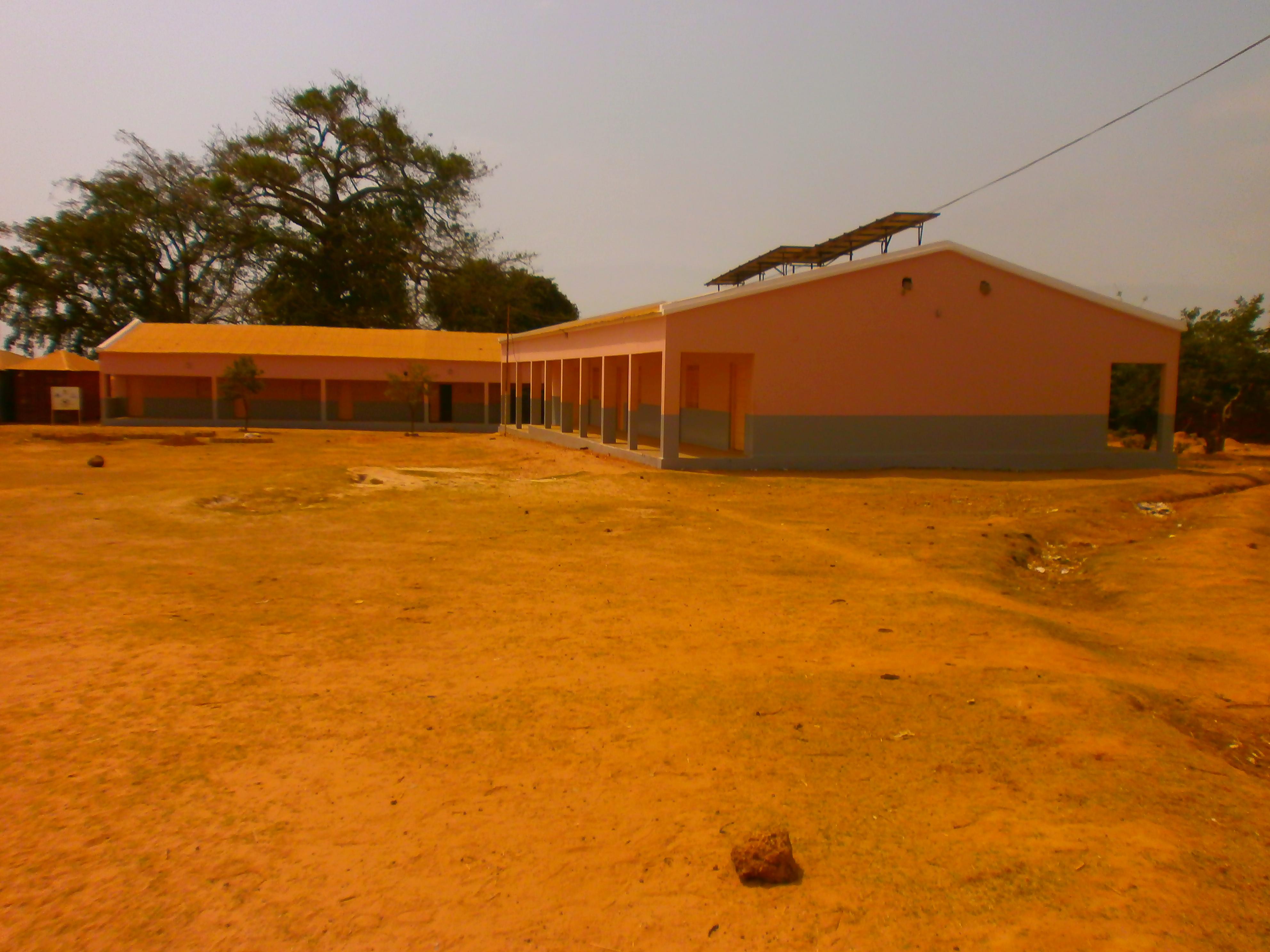 Padiglioni scuola San Zeno di Kuyo