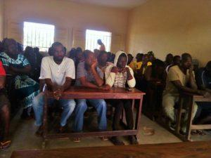 Riunione con la comunità di kuyo e i genitori alunni (2)